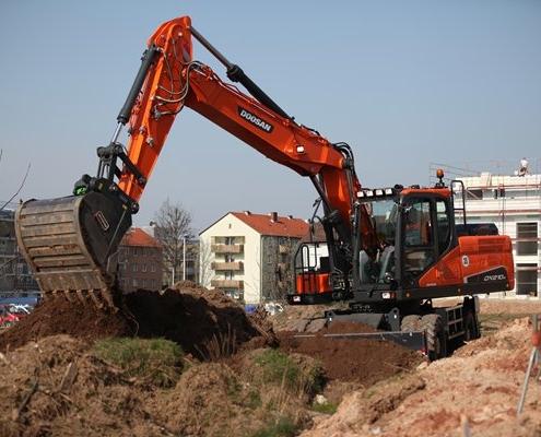doosan-weeled-excavator-dx210w